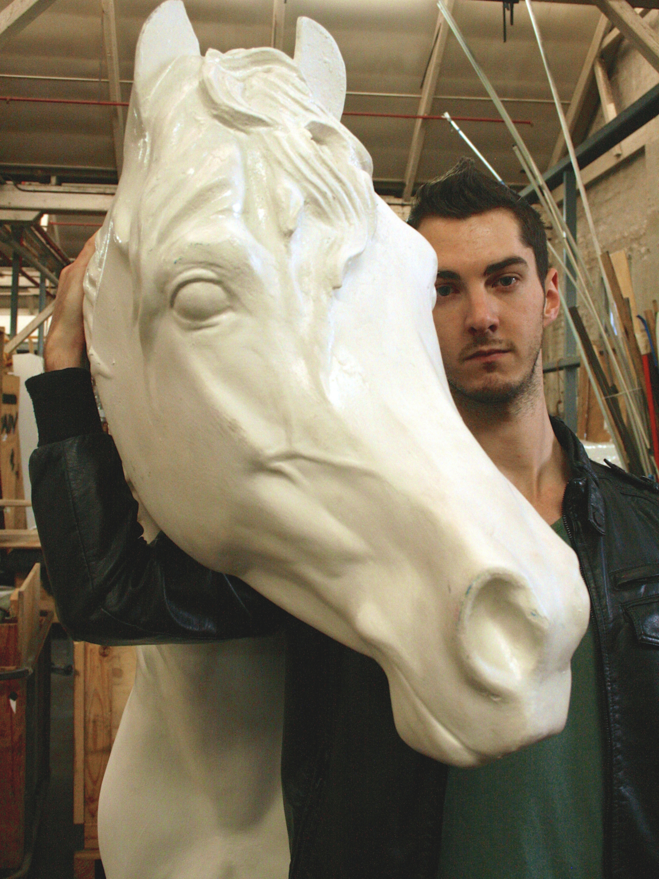 a summary of the play equus by peter shaffer Equus is a play by peter shaffer written in 1973, telling the story of a psychiatrist who attempts to treat a young man who has a pathological religious fascination with horses.