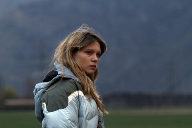 sister-lea-seydoux-in-una-scena-del-film-237388