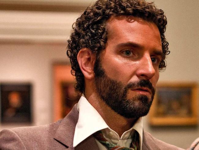 bradley_cooper_beard_curls_richie_dimaso_american_hustle_film1