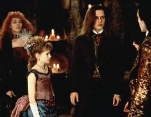 Interview-with-a-Vampire-interview-with-a-vampire-14939667-531-411
